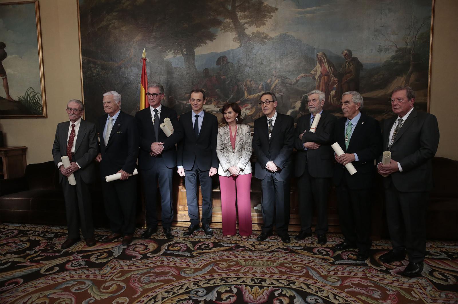 Pedro Duque y Carmen Calvo participan en el homenaje a siete académicos represaliados durante la Guerra Civil y la dictadura