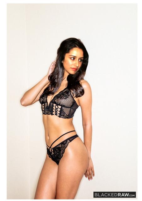 Shradha-Kapoor-Blacked-page-0004