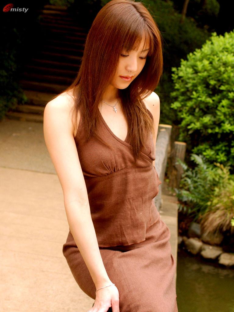 Suzuki-Manami-004