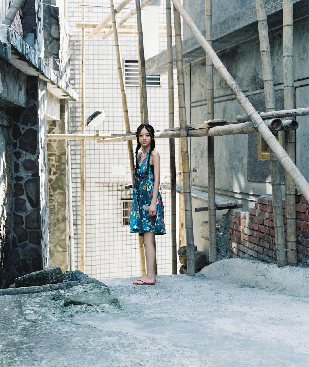逢沢りな「さよなら、美少女」グラビア 02-06