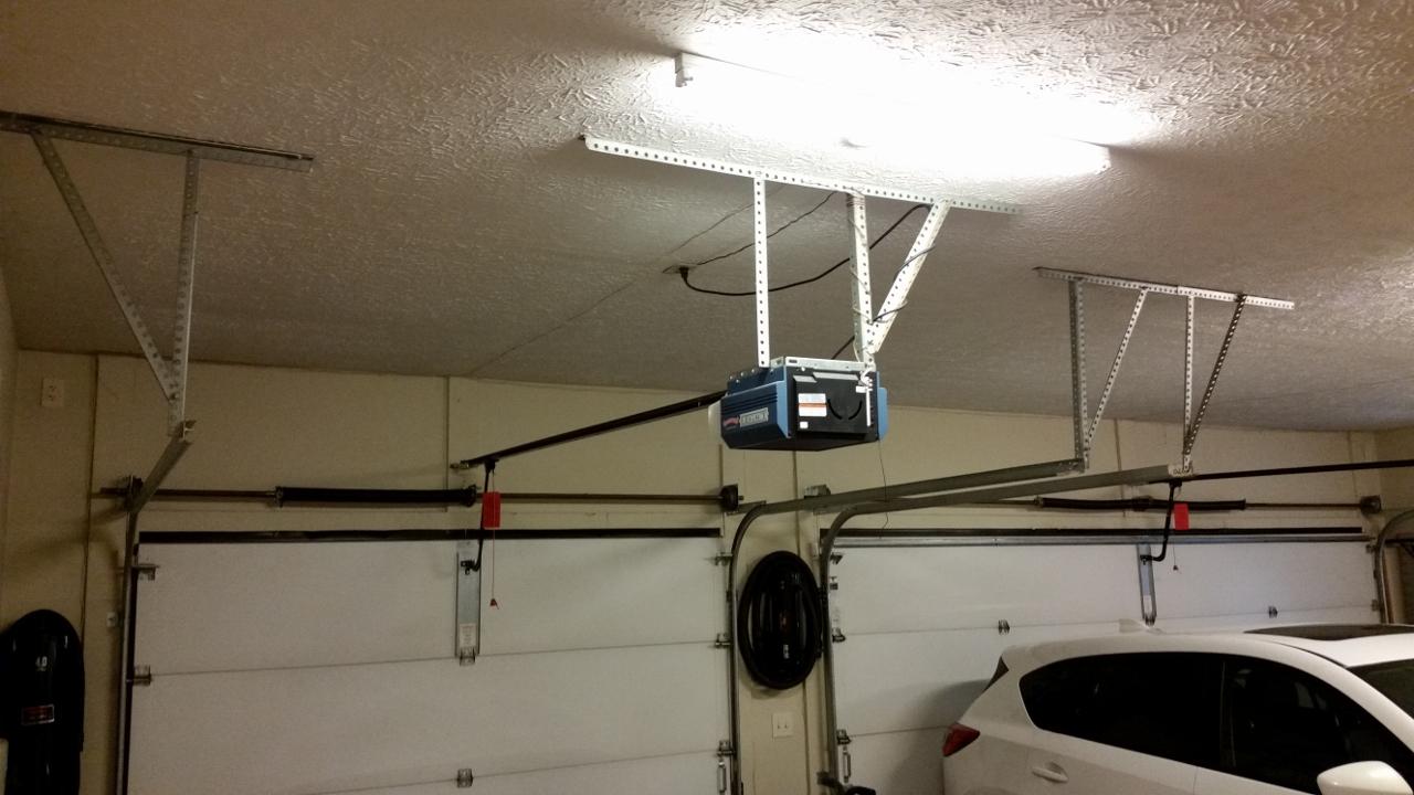 hight resolution of two car side toward garage door