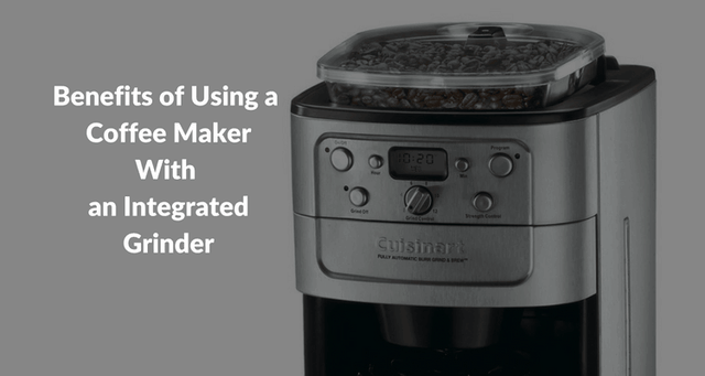 Coffee-Maker-With-an-Integrated-Grinder