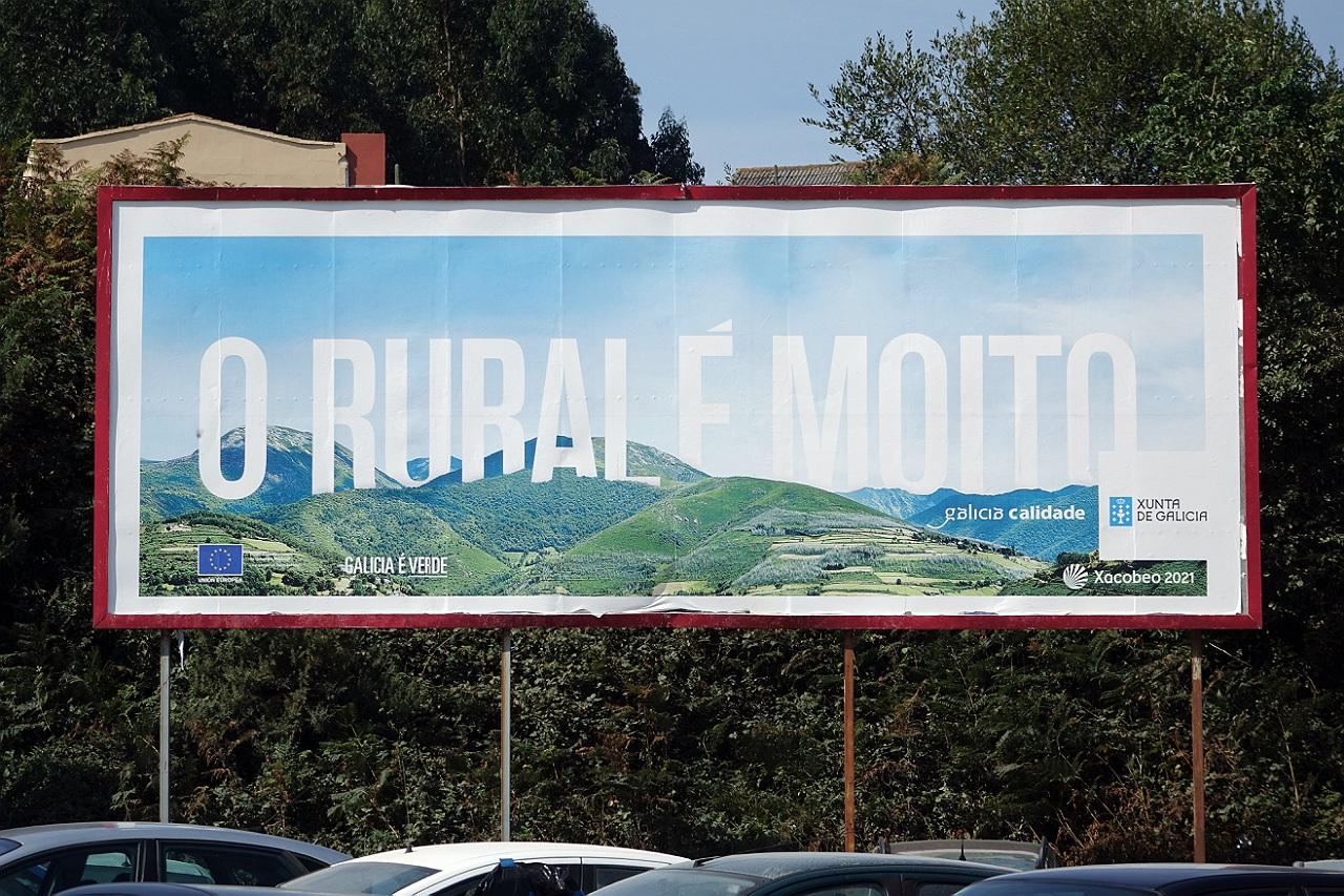«O rural é moito», a campaña de Feijóo que indigna á Galiza saqueada