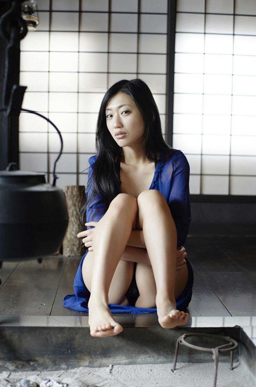 danmitsu-09-01