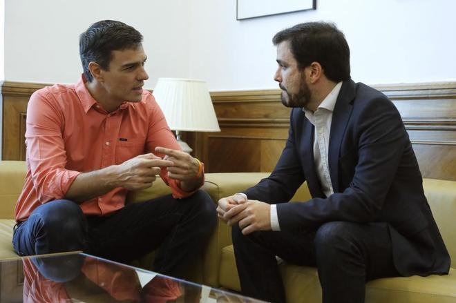 Alberto Garzón cree que «queda tiempo» para un acuerdo y pide al PSOE que «haga un último esfuerzo»