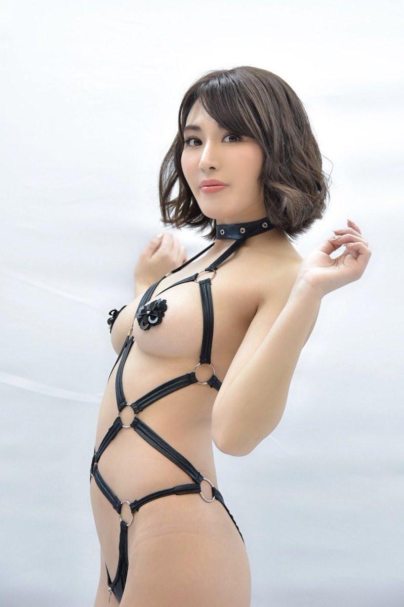 bondage-092753