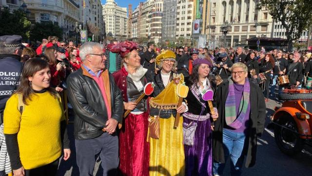 Vídeo | Un ultraderechista acosa en plena calle a Joan Ribó, alcalde de Valencia