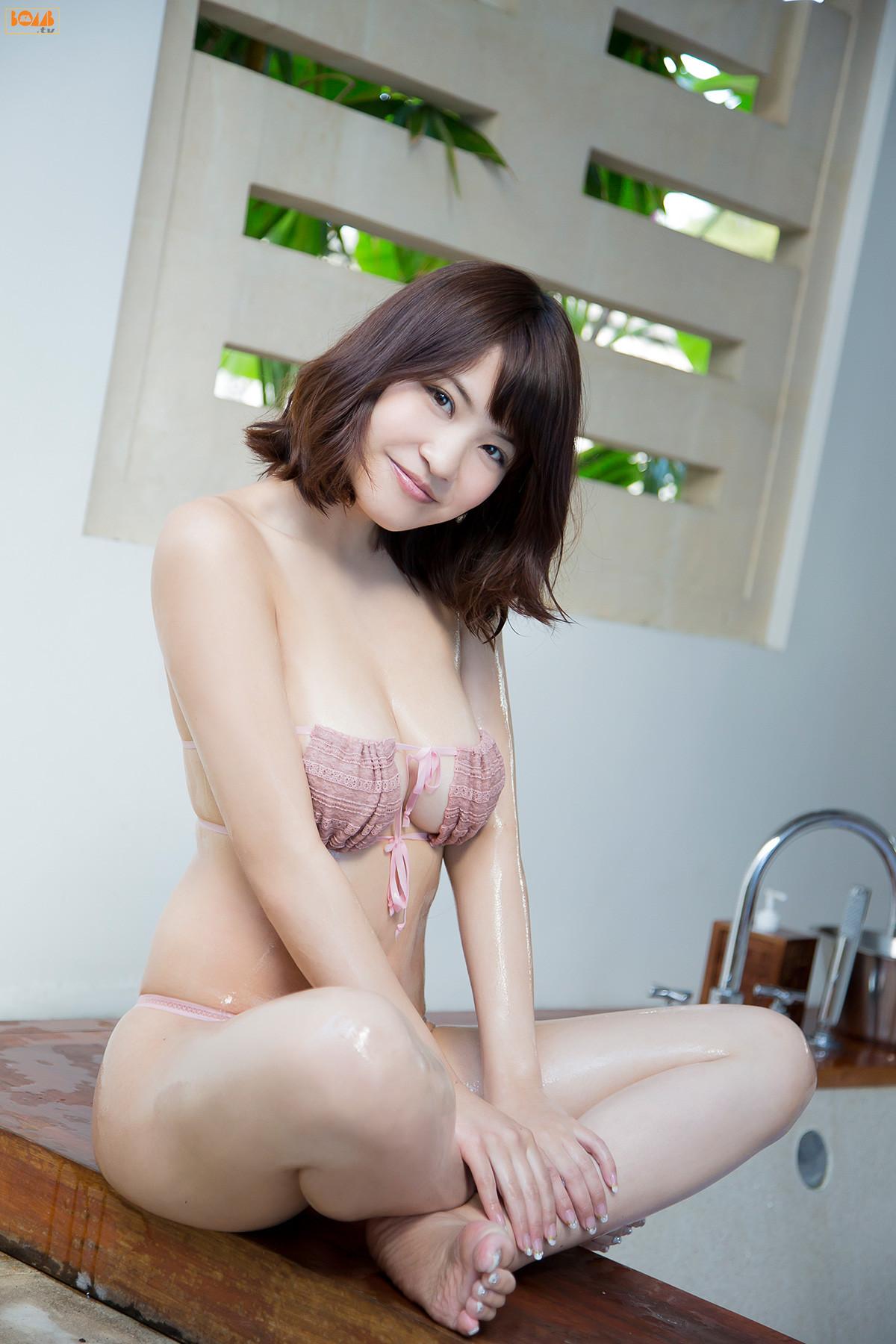 [BOMB.tv] 2013.07 Asuka Kishi 岸明日香 014