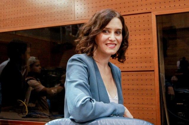 Vivienda barata sí, pero solo para unos pocos: La Comunidad de Madrid ofrecerá pisos de alquiler por 280 euros a la Guardia Civil y la policía