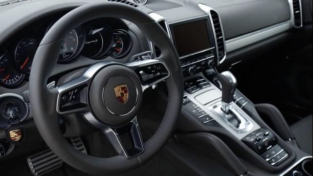 Alemania multa a Porsche con 535 millones por el 'dieselgate'