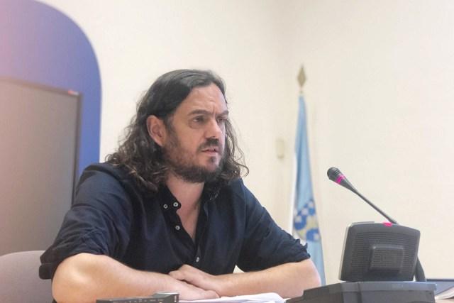 O deputado Antón Sánchez denuncia que o modelo eólico desenvolvido polo PP a nivel galego realízase «sen respecto polo país e sen respecto pola xente»
