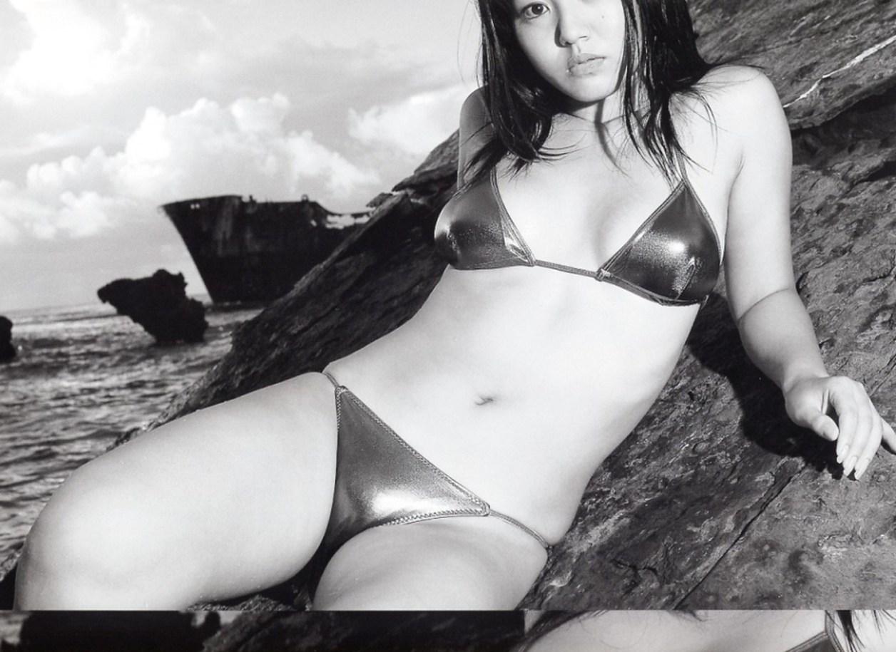 Isoyama-Sayaka-Isoyamania-081