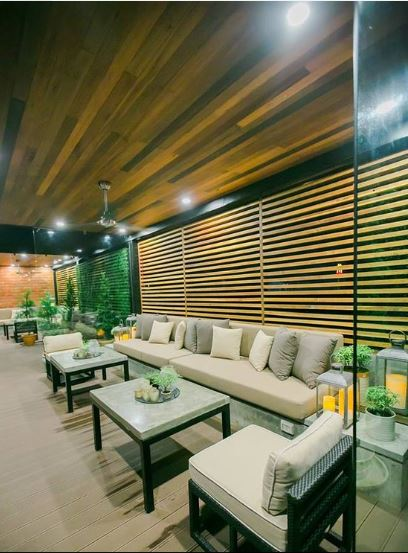 Alfresco-Area-at-Tisa-Lounge