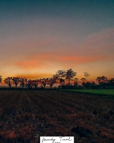 Free-Lightroom-Preset-Beautiful-Sunrise-by-Macky-Travel