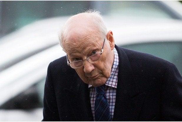 Un obispo pederasta usaba su amistad con la familia real británica y Margaret Thatcher para parecer «inexpugnable»