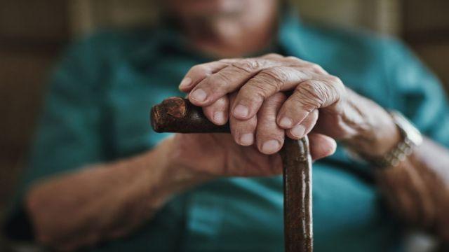 शिलाजीत हमें उम्र बढ़ने से रोकता है