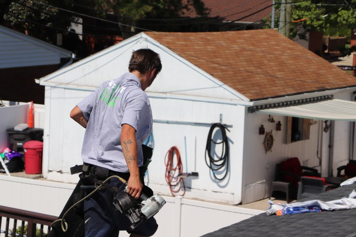 Benefits Of Hiring A Professional Roofing Contractor