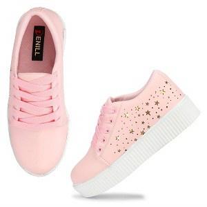 Upto 70% off on Women's footwear