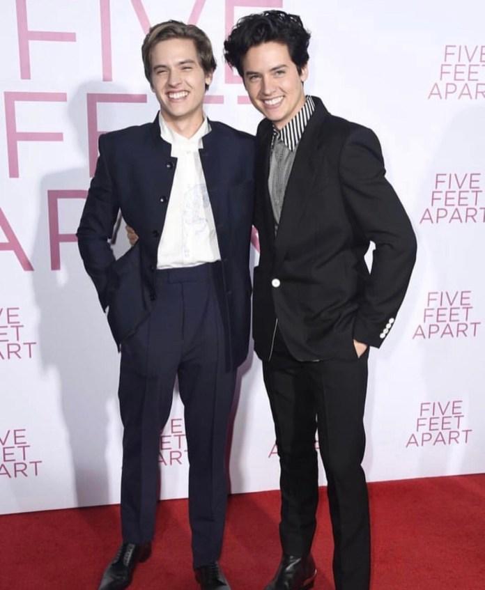 Five-Feet-Apart-World-Premiere-1