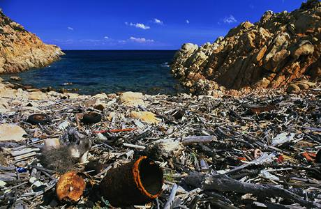Odpadky znečišťují všechny světové oceány. Severozápadní Pacifik ale nese odpadu nejvíce.