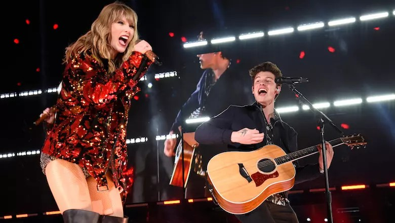 Taylor Swift Shawn Mendes Come Together On Romantic