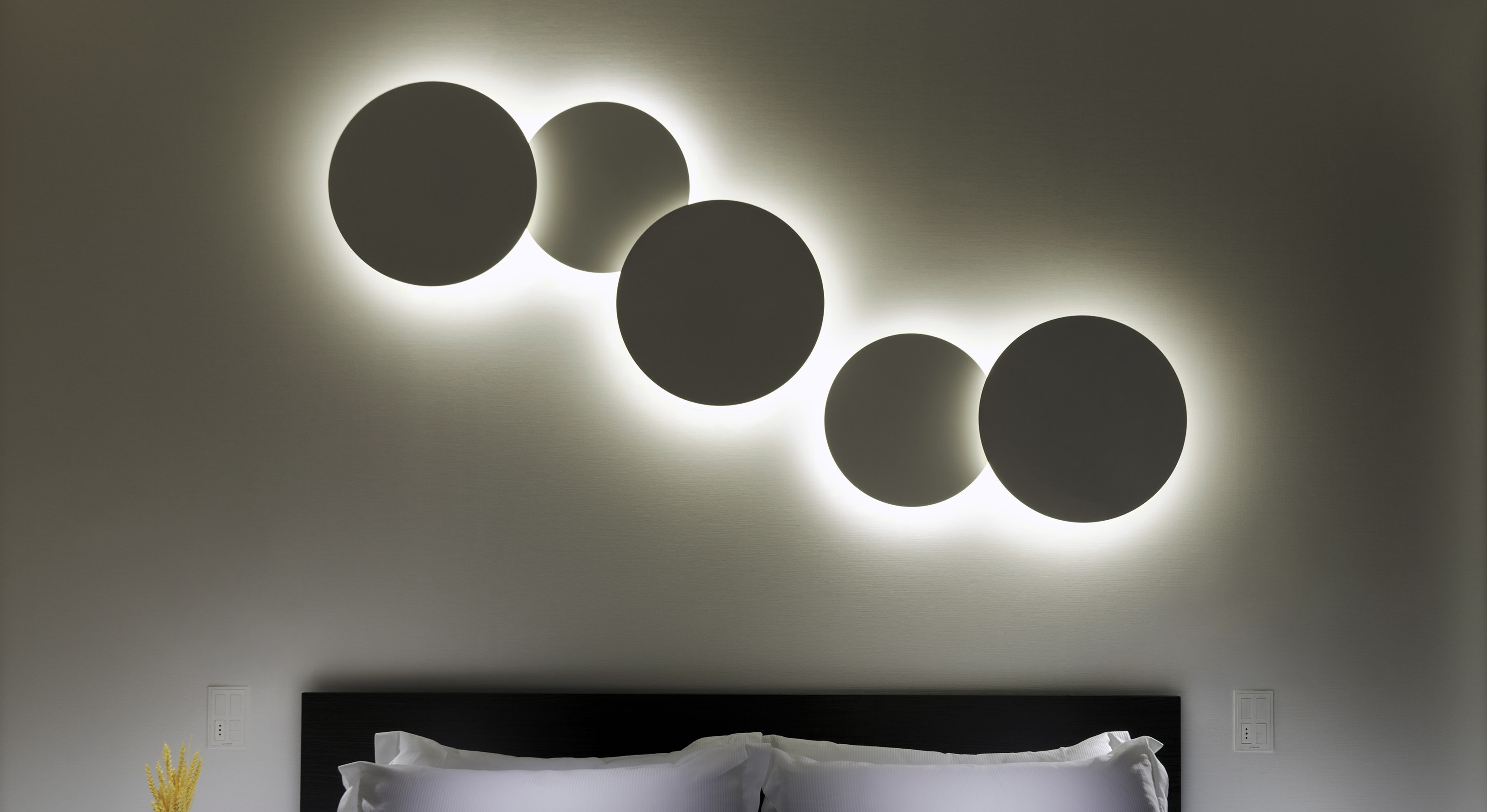 Vibia Puck Wall Art Wall Lamp cudruple 5468