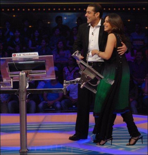 Rani y Lara en la gran final de Salman Khan de 10 Ka Dum