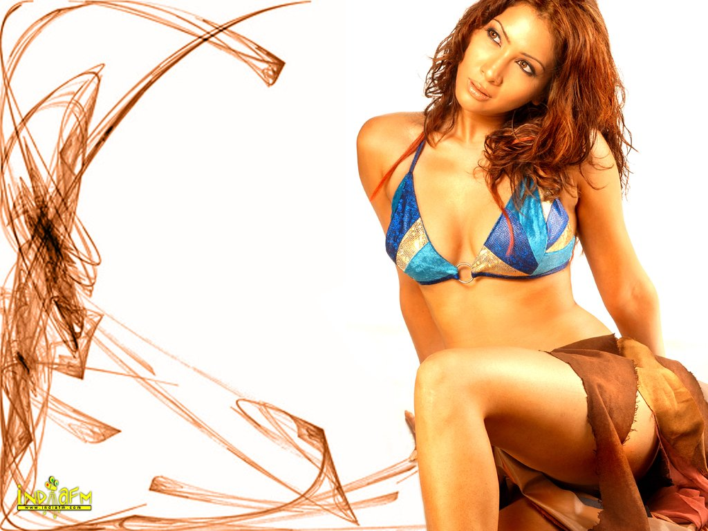 """//i.indiafm.com/posters/kimsharma/kim34.jpg"""" cannot be displayed, because it contains errors."""