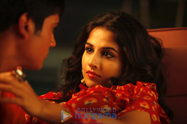 Review vidya balan without all clothes xxx science