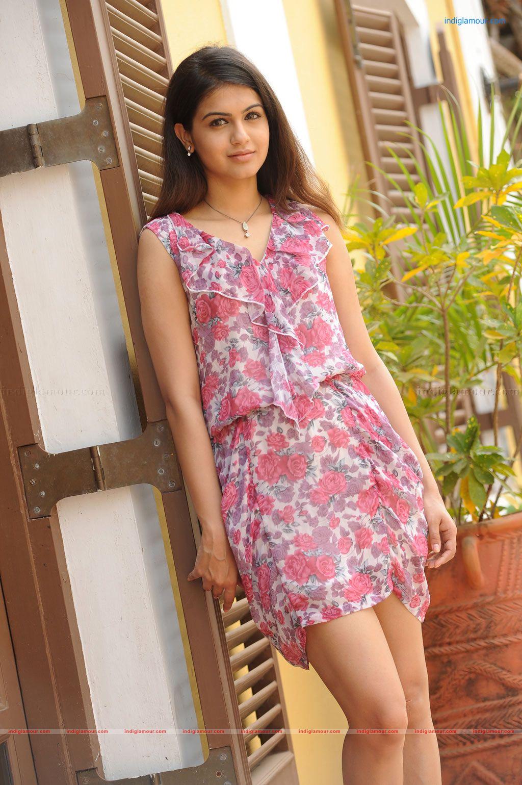 Samar Actress Photos Stills Images Pictures and Hot