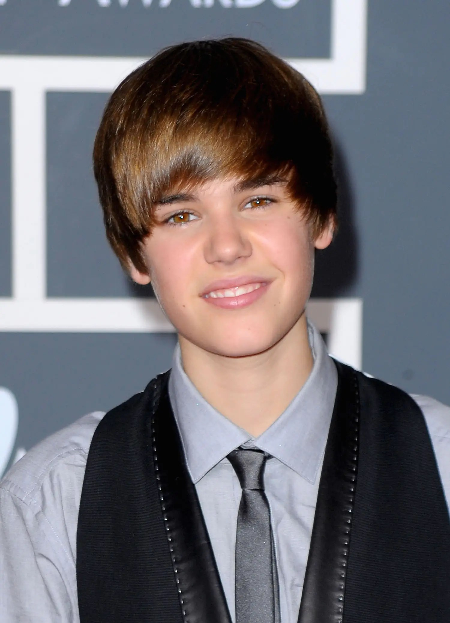 Justin Bieber Old Haircut : justin, bieber, haircut, Justin, Bieber's, Beauty, Hairstyle, Evolution