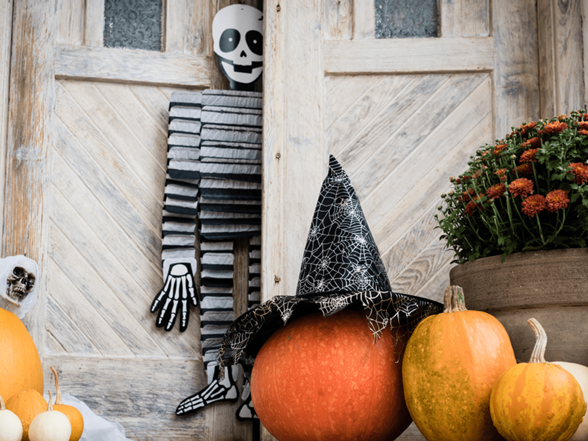 30 Cheap Halloween Decorations You Can Find Under 25 Insider