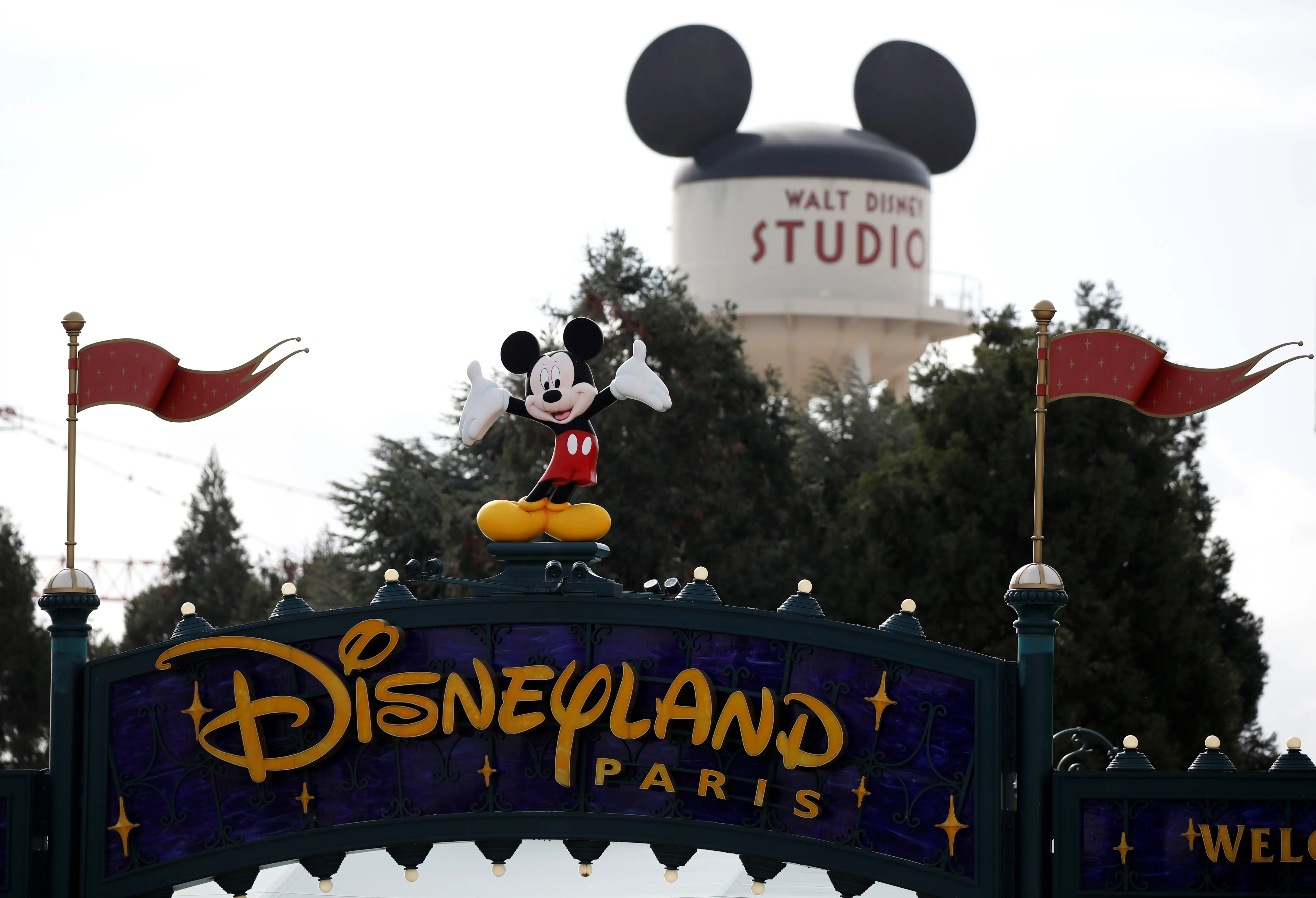 Coronavirus: Disneyland France worker tests positive for COVID-19 ...