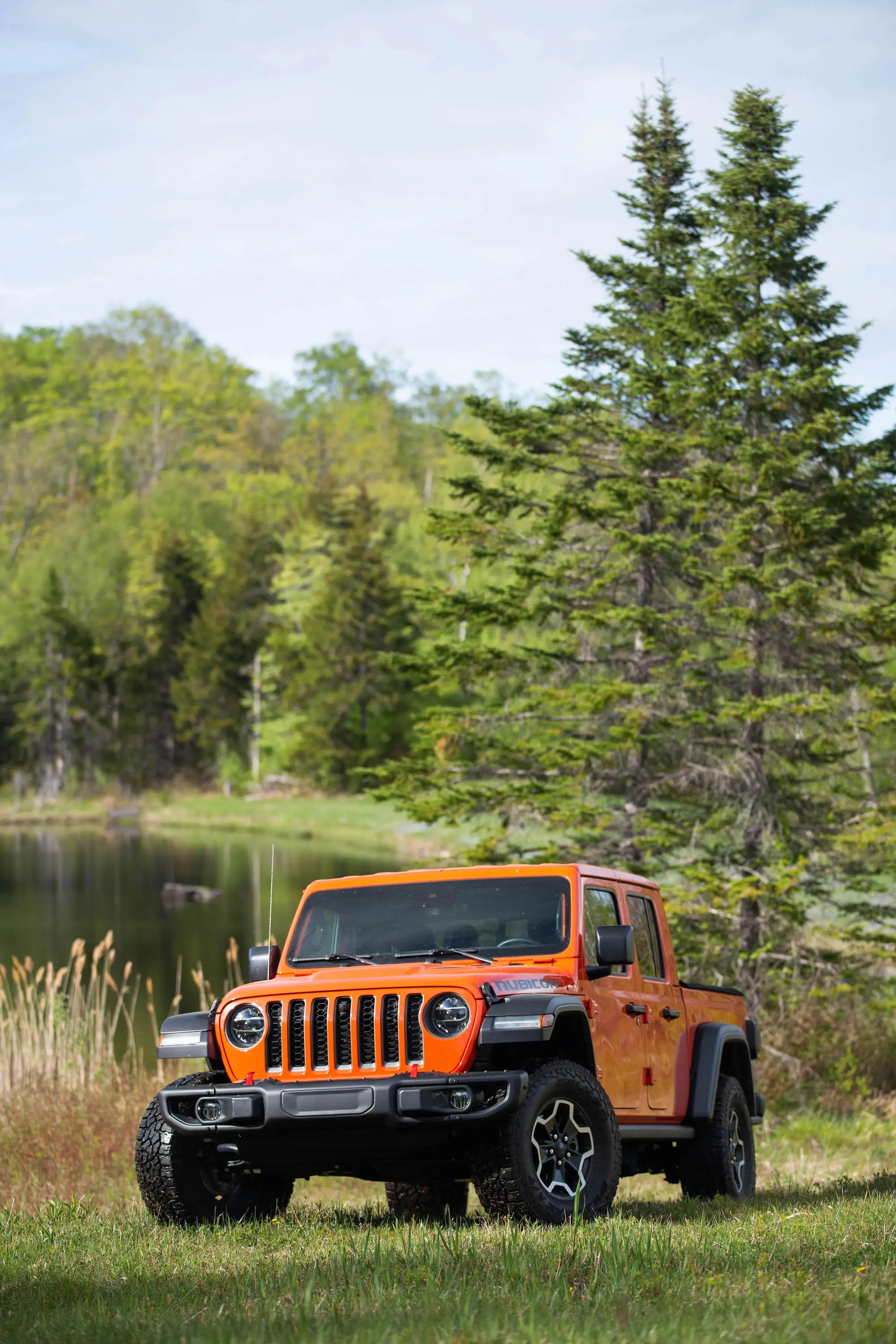 Jeep With Bed : Gladiator, Review:, Off-road, Beast, Dislikes, Highways