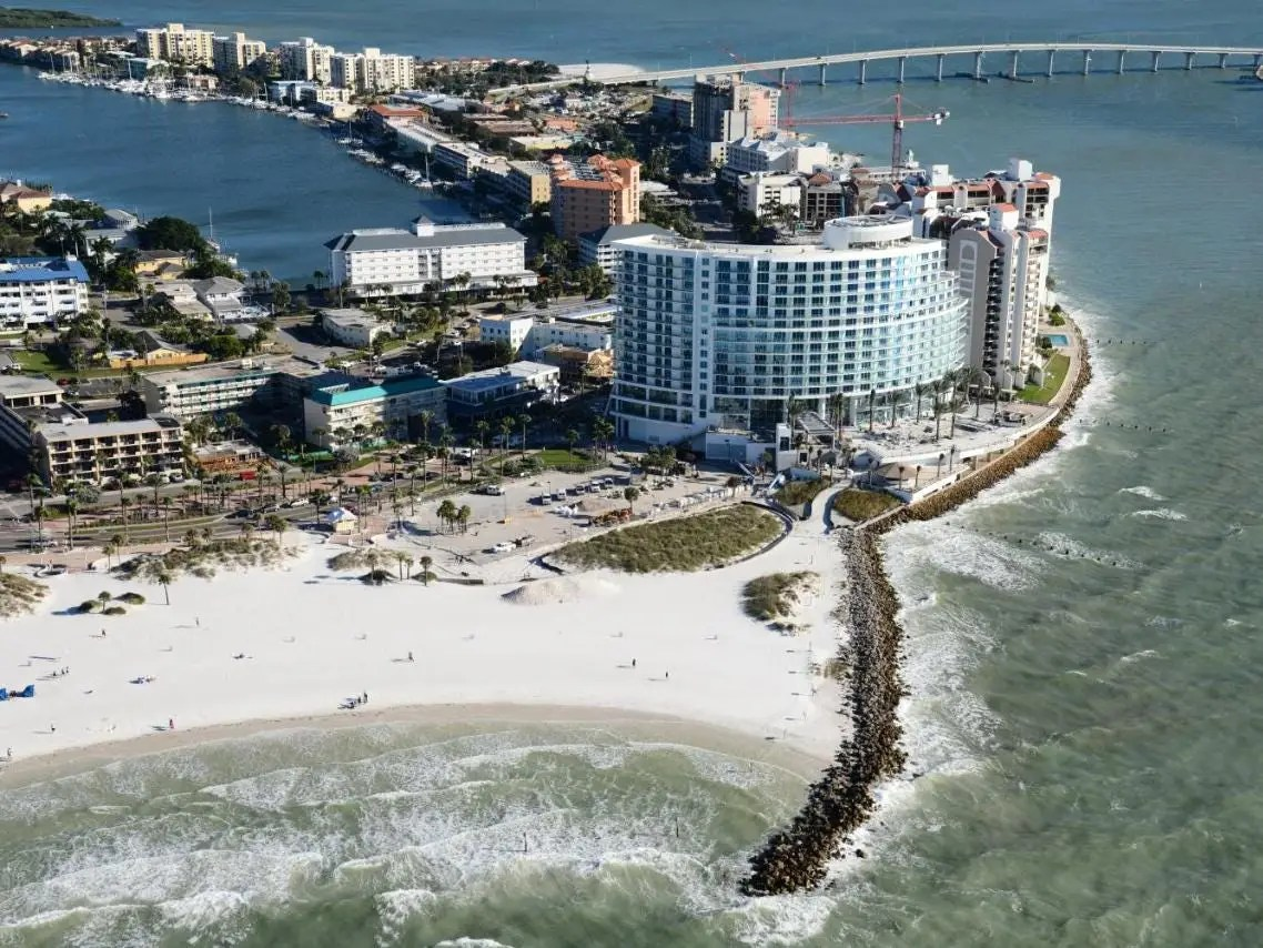 We offer 2, 3, and 4 bedroom units at surfside condominiums and 2 and 3 bedroom units at the villas of clearwater beach. Best Hotels In Clearwater Florida Updated July 2021