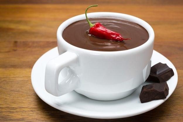 Gorąca czekolada poprawi metabolizm węglowodanów, które są źródłem energii dla organizmu. /Picsel /©123RF/PICSEL