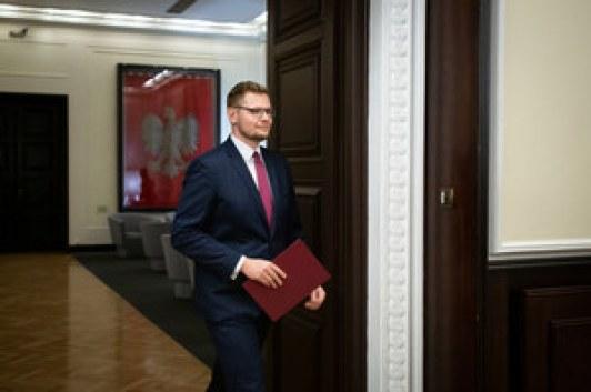 Koronawirus. Minister Michał Woś z wynikiem pozytywnym