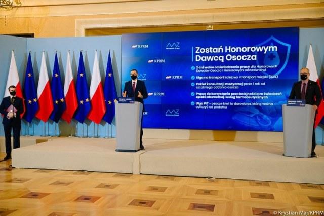 Mateusz Morawiecki i Adam Niedzielski na konferencji dot. oddawania osocza /Krystian Maj/KPRM /