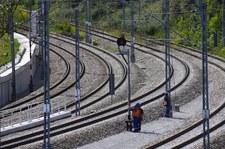 Podkarpackie: Dwie osoby zginęły na przejeździe kolejowym