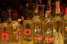 Polski samolot do Afganistanu miał w ładunku... kilkaset litrów alkoholu