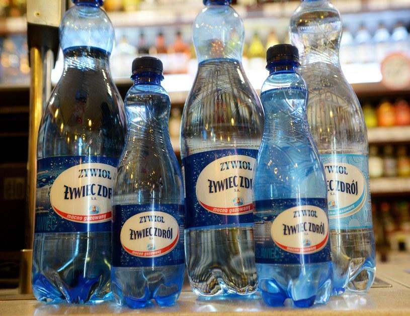 Według prokuratury producent wody Żywioł nie zawinił /Włodzimierz Wasyluk /East News