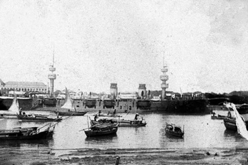 Cảng Sài Gòn được thành lập vào ngày 22 tháng 2 năm 1860 dưới thời thuộc địa Pháp với tên gọi Thương Cảng Sài Gòn.