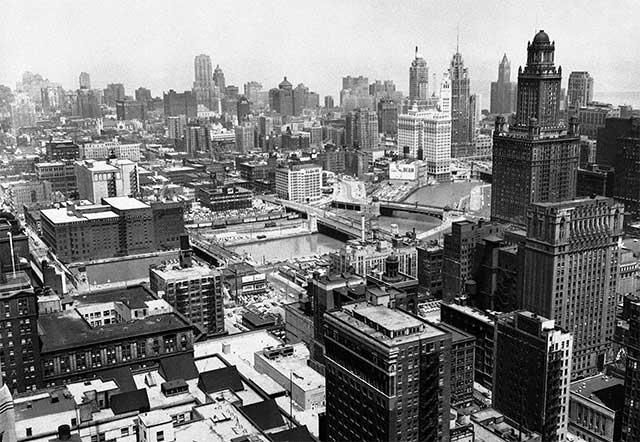 Các toà nhà chọc trời lần đầu tiên xuất hiện vào thế kỷ 19.