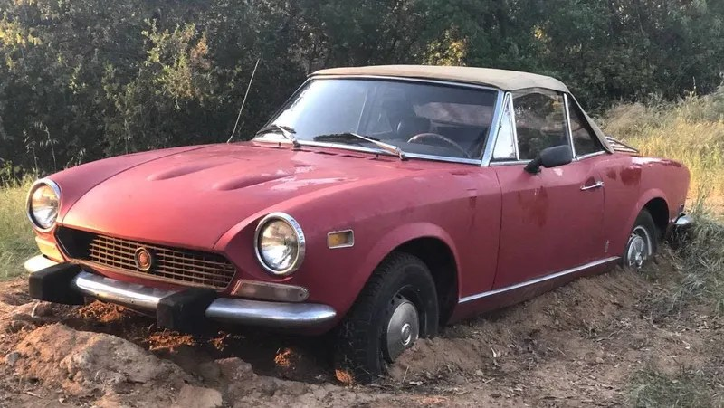 At some point during the ownership of a fiat 124 spider you will be faced with a decision about fuel delivery. Would You Dig Up 2 000 To Un Mire This 1978 Fiat 124 Spider