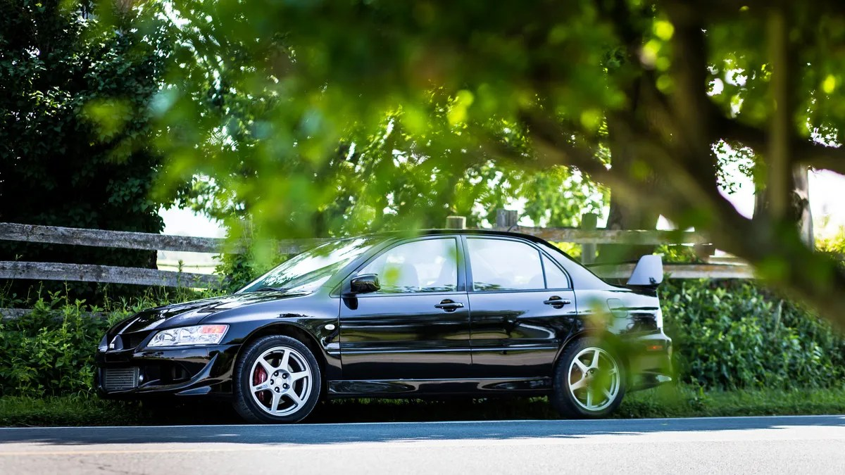 hight resolution of the mitsubishi lancer evolution viii is the kind of crazy no one will sell you anymore