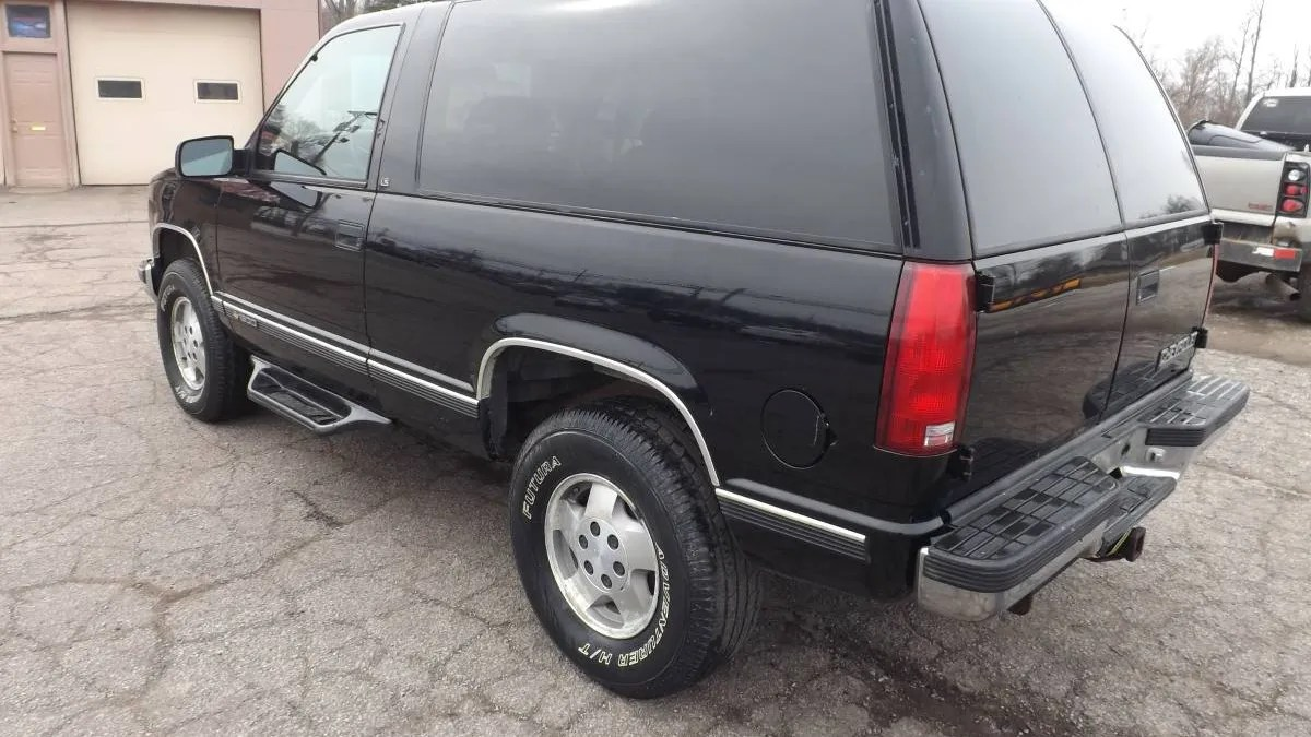 hight resolution of at 4 800 could this 1995 chevy tahoe turbo diesel 4x4 make you a trucking nut