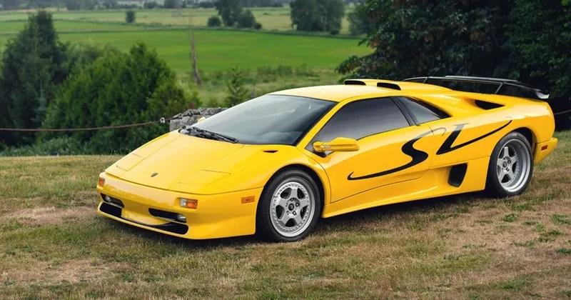 Yellow Lamborghini Diablo SV