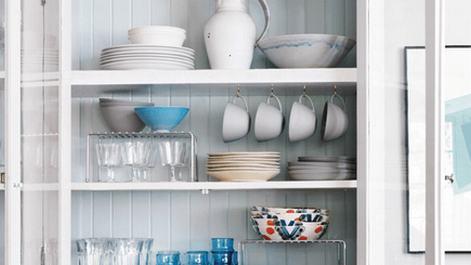 kitchen inventory app commercial style faucets hang cups and use wire racks to maximize cupboard ...