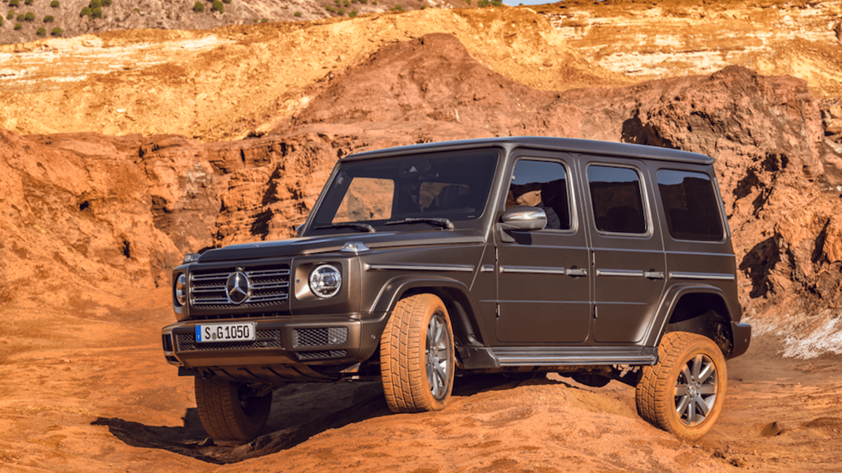 hight resolution of i crawled under the 2019 mercedes g class with one of mercedes head engineers