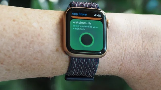 dj2uy9cbcvyhmxvrafae 11 Apple Watch Apps You Need to Install ASAP | Gizmodo